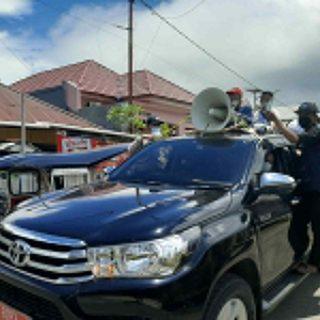 Wakil Bupati, bersama satgas Covid 19, menggunakan mobil terbuka melakukan edukasi tentang bahaya virus corona.(foto:mediasatu.co)